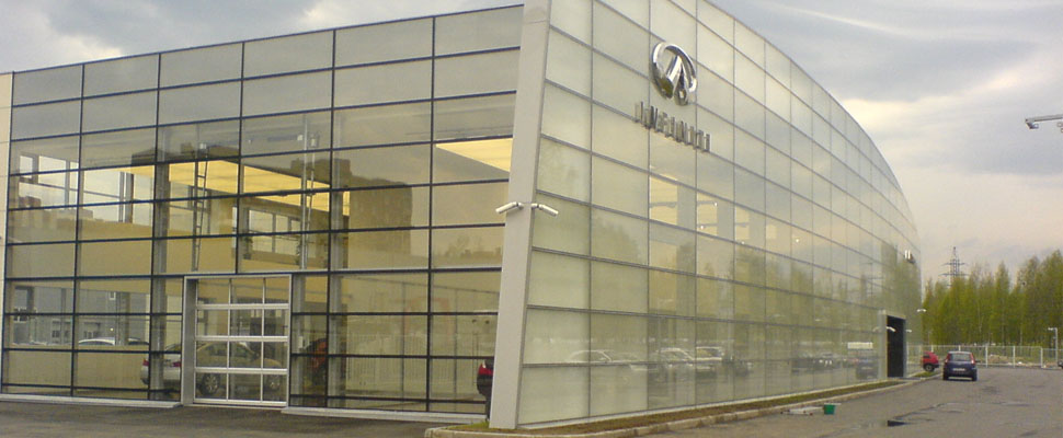 Мойка стеклянных конструкцийСреди наших клиентов крупные автосалоны. Мойка стеклянных конструкций и зданий - одно из наших основных направлений.        Оставьте заявку на срочную консультацию эксперта